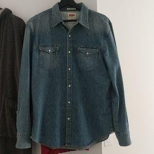 Levi's Denim Medium Wash shirt